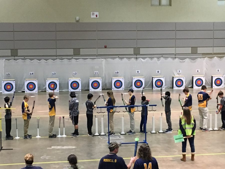 Grand+Ledge+archers+shoot+in+the+sixth+and+last+flight+of+the+day+at+the+State+Tournament.+The+tournament+was+held+at+the+Lansing+Center+for+the+first+time.